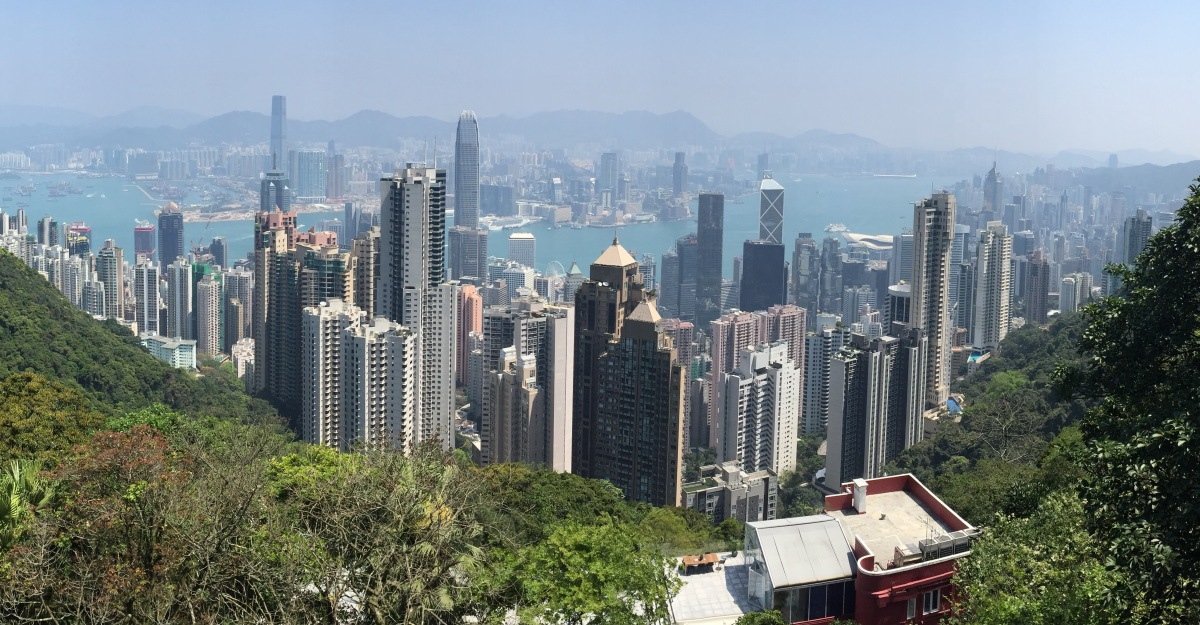 Visiting Victoria Peak with Young Children